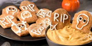 Warm Pumpkin Spice Dip with Cinnamon Sugar Tombstone Toasts