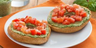 Spinach, Basil and Jalapeno Spread