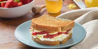 Strawberry and Banana Breakfast Sandwich