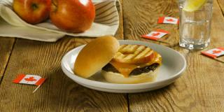 Apple and Canadian Cheddar Burgers