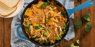 Broccoli, Chicken and Cheddar Skillet